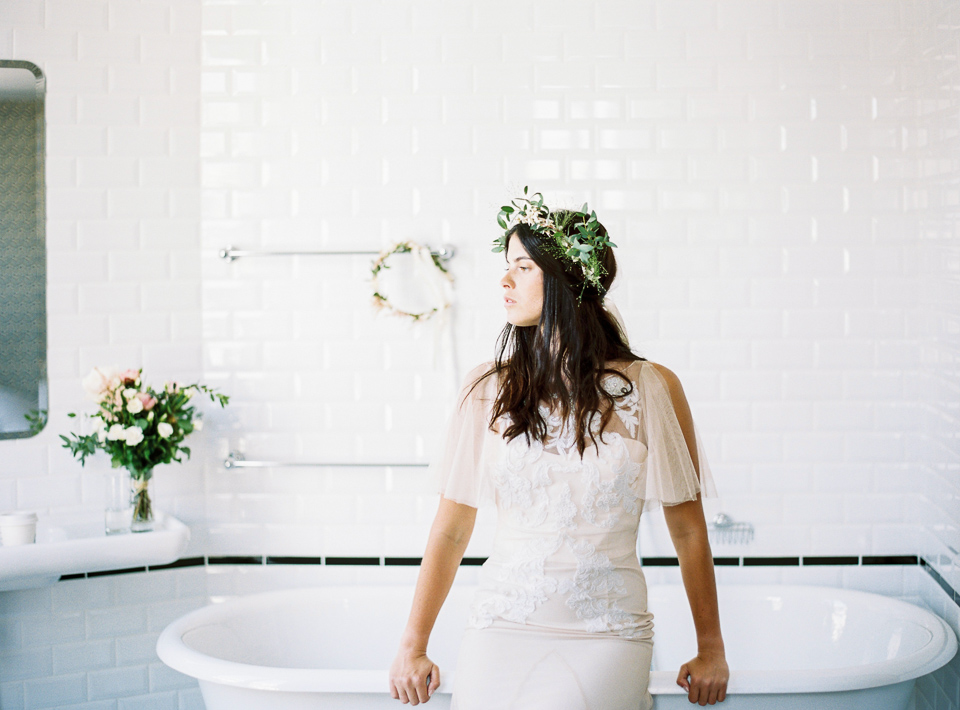 Editorial_RueDeSeine_Wedding_Gowns_JeanLaurentGaudy_FULL002