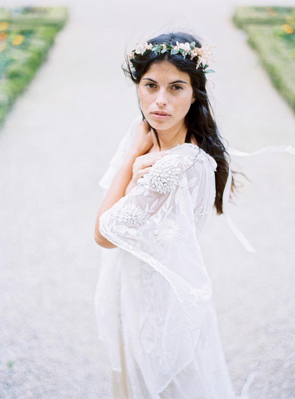 Editorial_RueDeSeine_Wedding_Gowns_JeanLaurentGaudy_FULL006