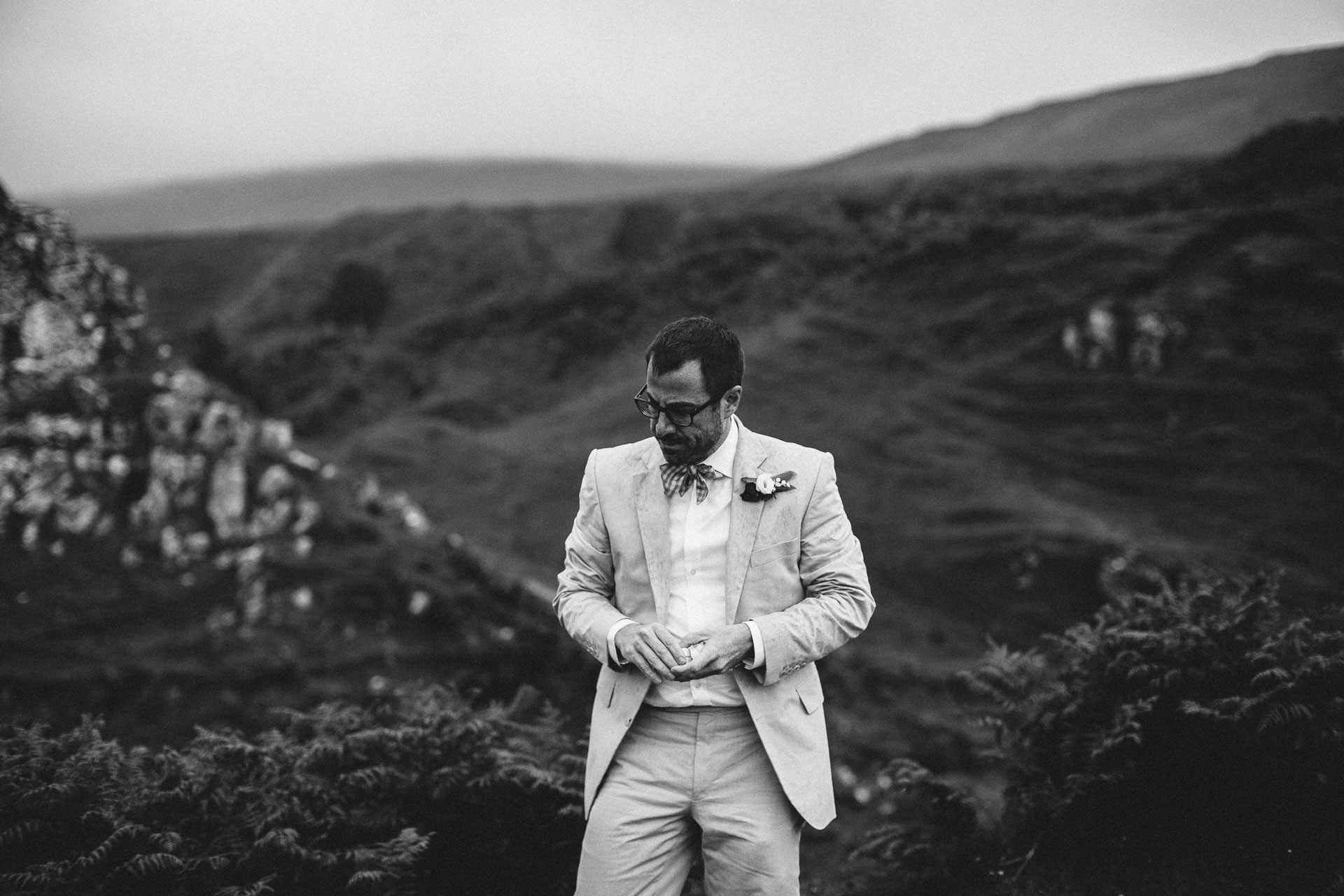 Megan_Matt_Elopement_IntimateWedding_Scotland_IsleOfSkye_JeanLaurentGaudy_064