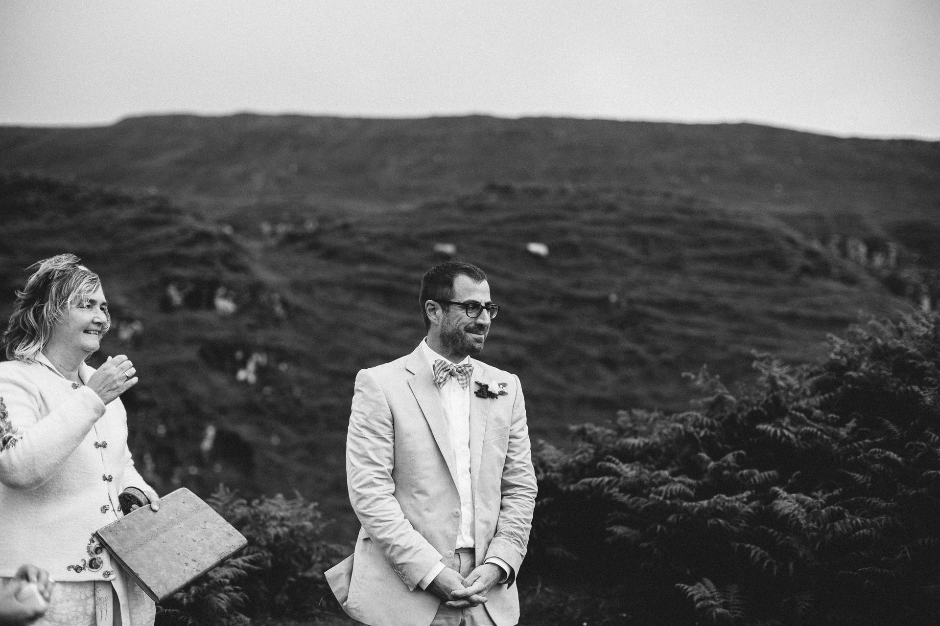 Megan_Matt_Elopement_IntimateWedding_Scotland_IsleOfSkye_JeanLaurentGaudy_067