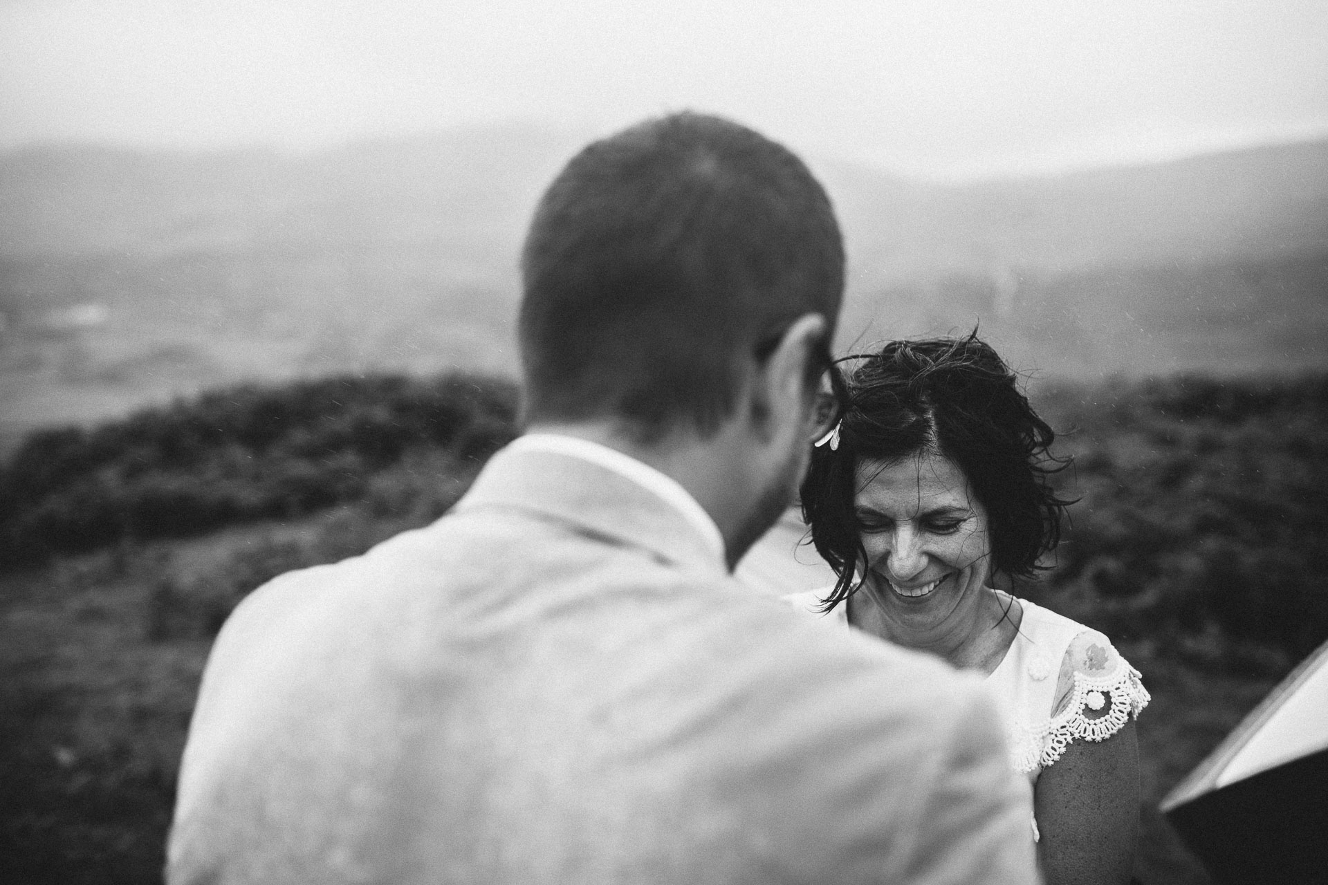 Megan_Matt_Elopement_IntimateWedding_Scotland_IsleOfSkye_JeanLaurentGaudy_071