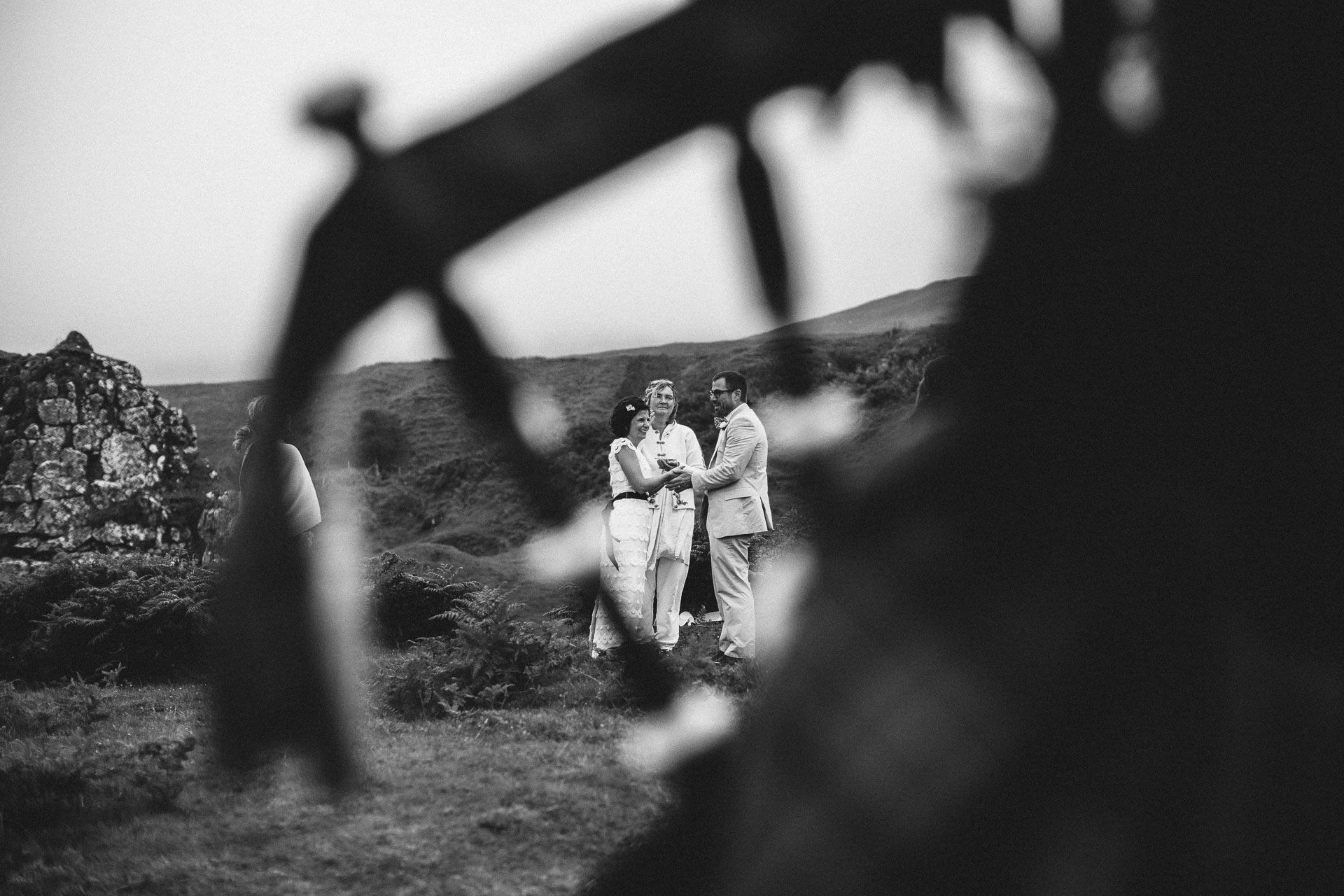 Isle Of Skye Intimate Elopement in Scotland by Jean-Laurent Gaudy Photography