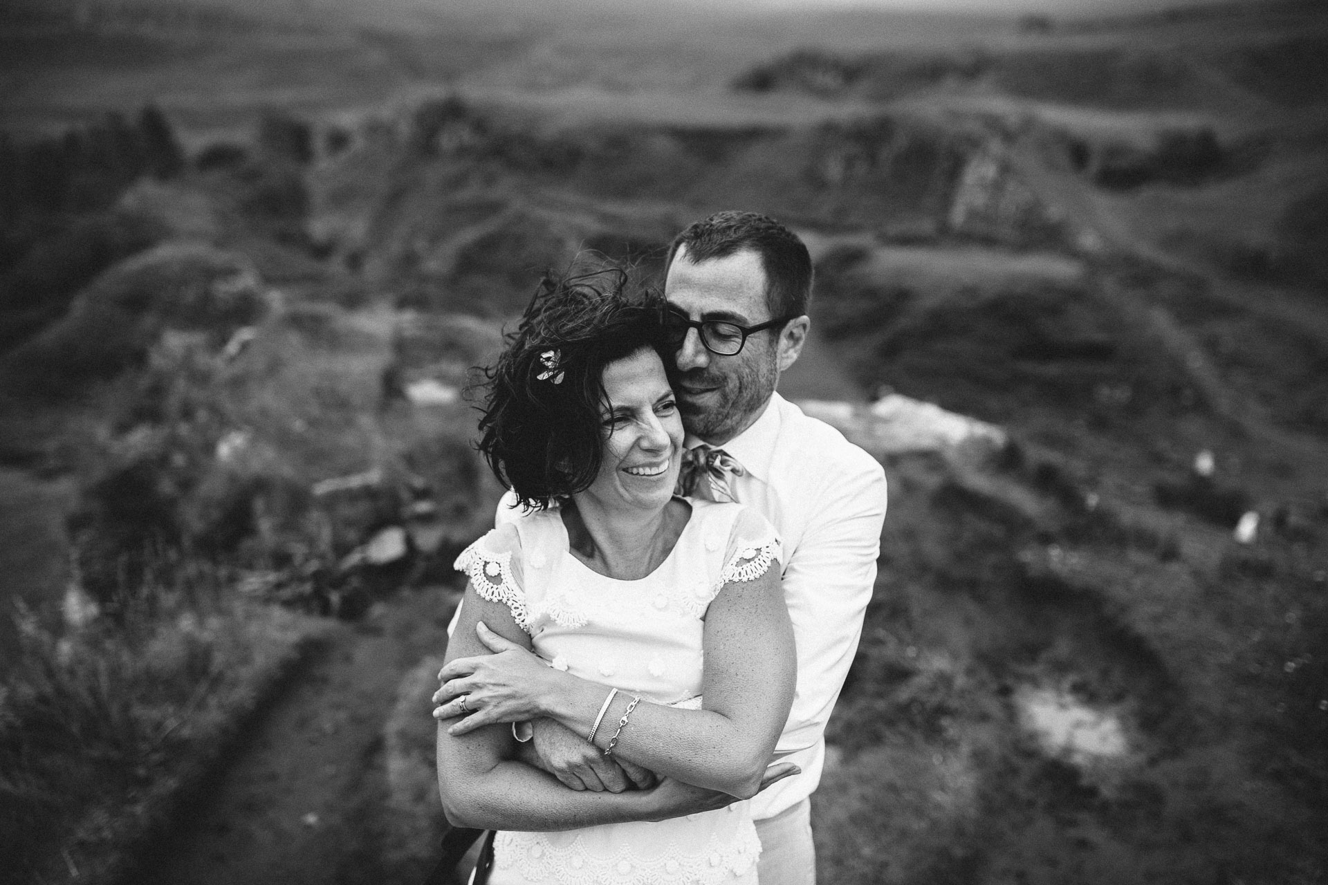 Megan_Matt_Elopement_IntimateWedding_Scotland_IsleOfSkye_JeanLaurentGaudy_098