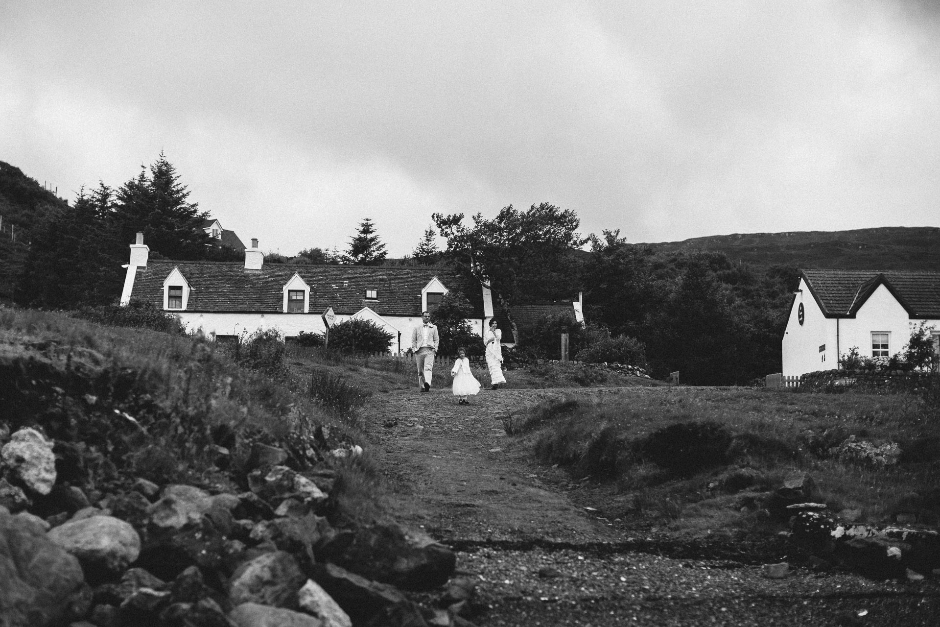 Megan_Matt_Elopement_IntimateWedding_Scotland_IsleOfSkye_JeanLaurentGaudy_111
