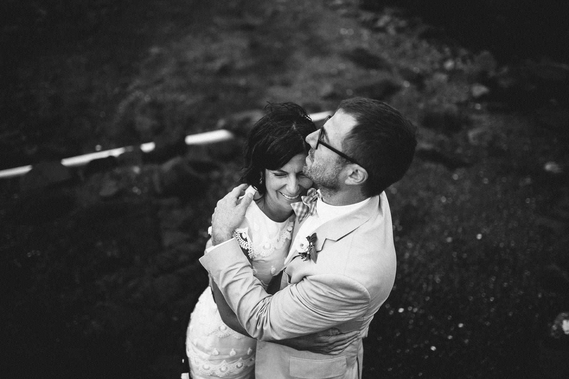 Megan_Matt_Elopement_IntimateWedding_Scotland_IsleOfSkye_JeanLaurentGaudy_113