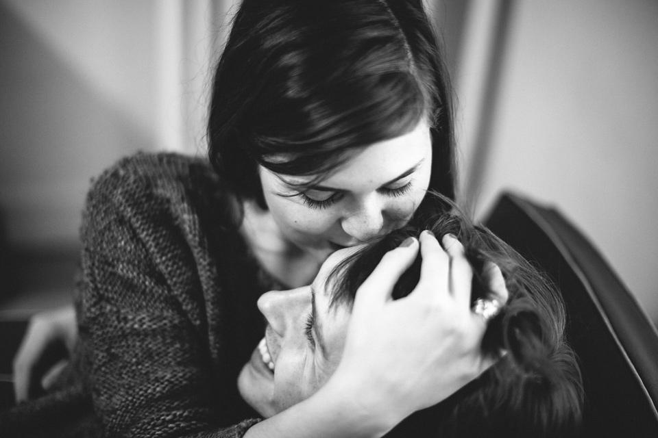Meg & Louis, an intimate love session . Paris, France