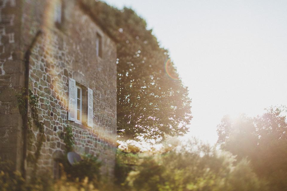 Jessica_Robert_Intimate_DestinationWedding_France_JeanLaurentGaudy_002
