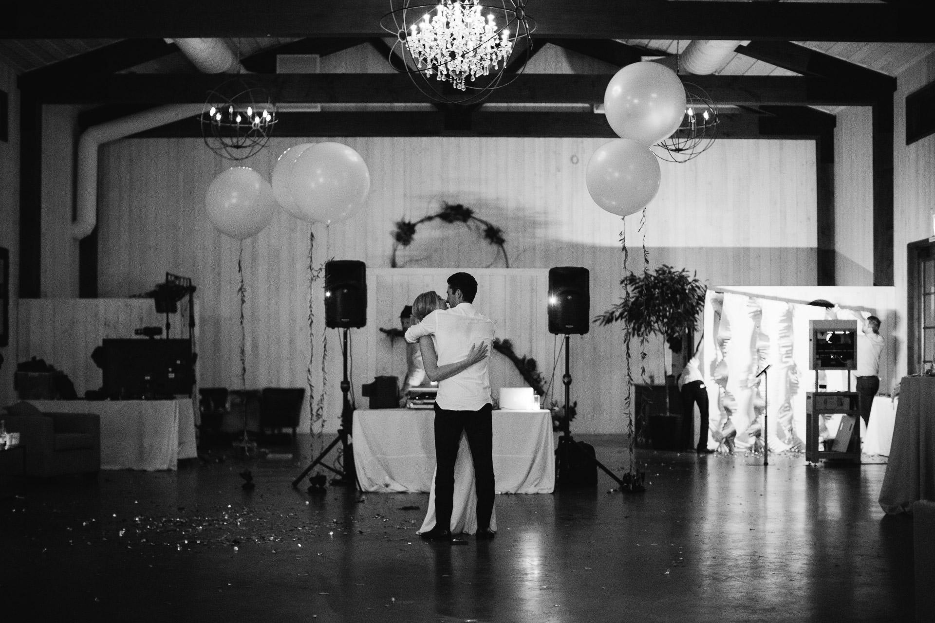 lauren_graham_wedding_california_park_winters_jeanlaurentgaudy_106