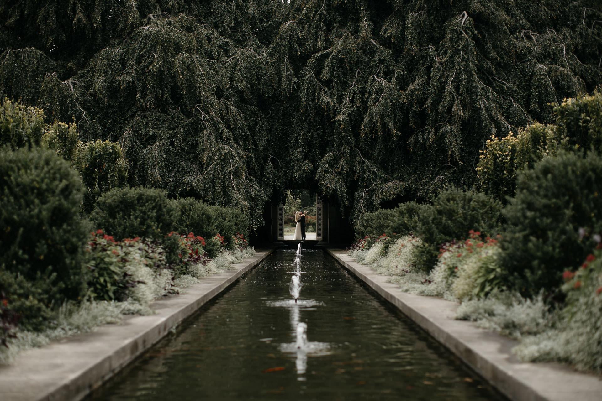Elopement Untermyer Gardens in New York City by Jean-Laurent Gaudy